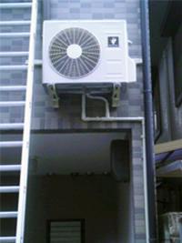 エアコン室外機画像